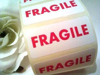 FRAGILE Stickers 44mm x 19mm