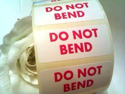 DO NOT BEND Stickers 44mm x 19mm