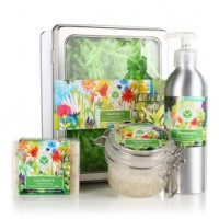 Gardener's Pamper Gift from Virginia Hayward