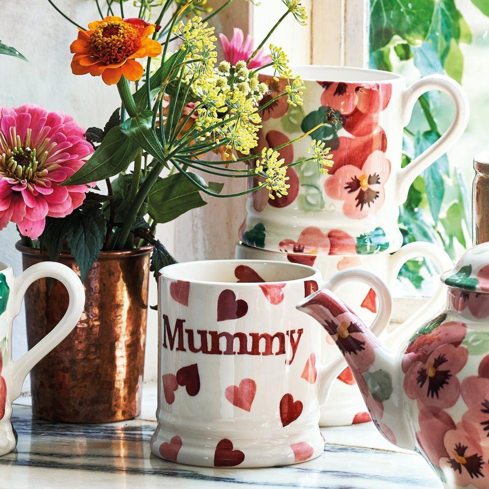 "This is the Pink Hearts ""Mummy"" half pint mug"