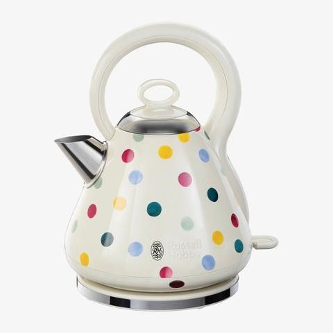 This Polka Dot Kettle is very pretty!