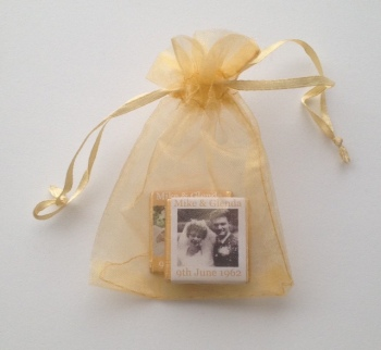 GOLD DRAWSTRING MINI CHOC FILLED FAVOUR (2 or 3 mini chocs)