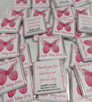 PINK BUTTERFLY (white background) - mini 4.5g chocolate favour