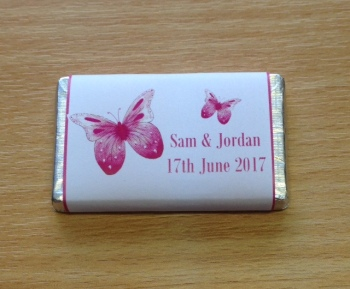 PINK BUTTERFLY (white background) - mini 10g chocolate favour