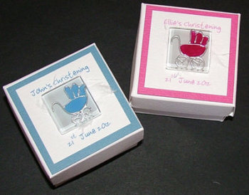 PRAM FAVOUR BOX (blue or pink)