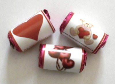 VALENTINE LOVE HEARTS (un-personalised mini roll)