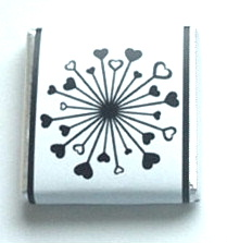 BLACK & WHITE HEART WHEEL - mini 4.5g favour