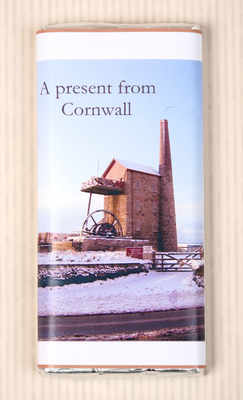 Engine house in the snow (NEW) - 40g milk chocolate bar