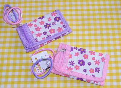 Flower wallet with hairbands