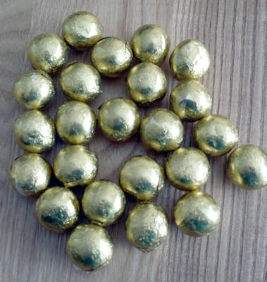 GOLD FOILED CHOCOLATE BALLS