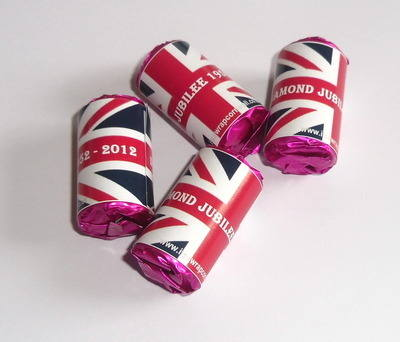 JUBILEE UNION JACK - love hearts (2 sizes)