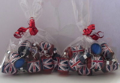 BAG OF JUBILEE PARTY POPPERS (10, 25, 50 or 100)