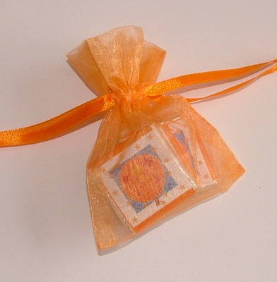 HALLOWEEN MINI CHOC ORGANZA BAG (2 or 3 chocs random wrapper design)