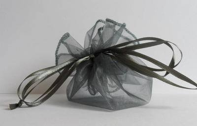SILVER POUCH FAVOUR BAG (bag only)