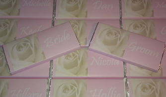 IVORY ROSE ON PALE PINK BACKGROUND - large favour 40g