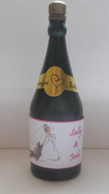 RUNAWAY GROOM - bubbles (bottle shaped)