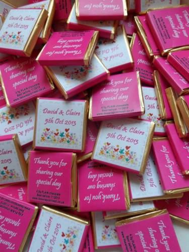 LOVE IN BLOOM (PINK) - mini 4.5g chocolate favour