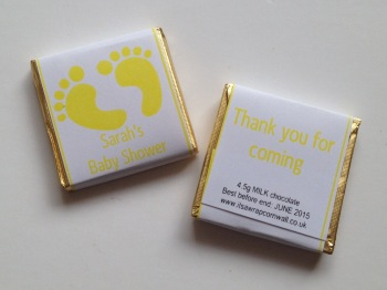 BABY YELLOW FOOTPRINTS - mini 4.5g chocolate favour