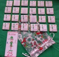 ELF ADVENT (mini chocs, love hearts or mixed)