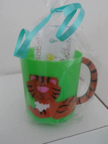 TIGER (brown) CHOC 'n' MUG - 40g personalised bar in child's plastic mug
