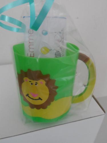 LION CHOC 'n' MUG - 40g personalised bar in child's plastic mug