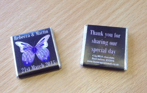 PURPLE BUTTERFLY (black background) - mini 4.5g chocolate favour