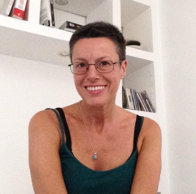 Marta Comas, massage, structural integration and feldenkrais practitioner