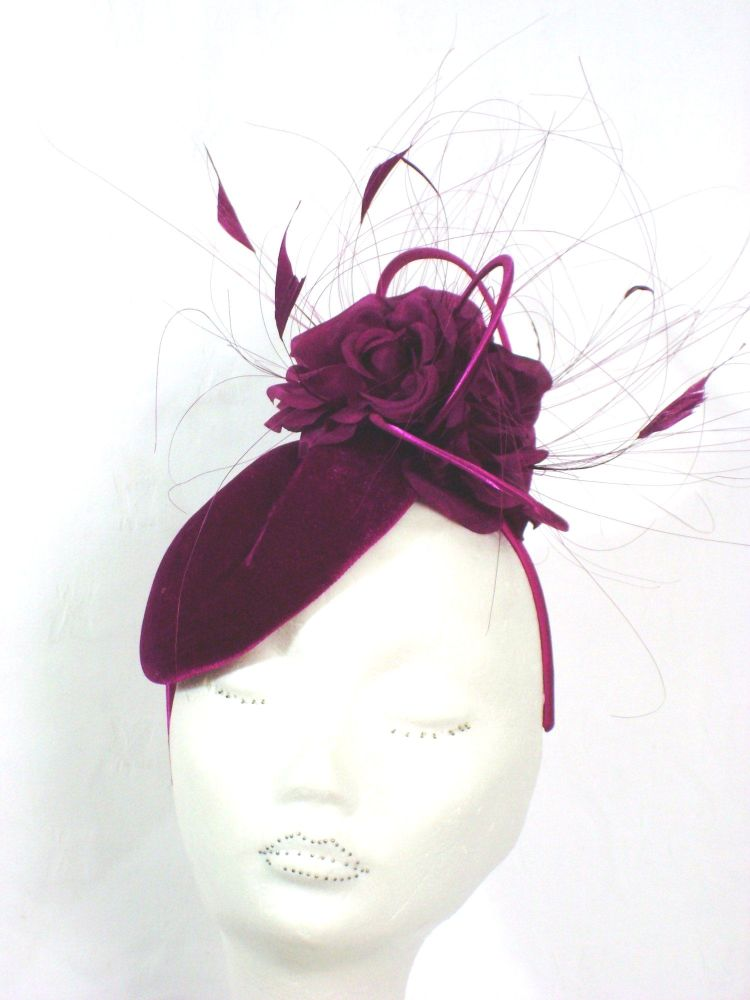 WM-A14F17 Merlot velvet side pill box hat