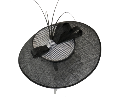 Black & White Dogtooth Large Saucer Disc Hat by Nigel Rayment 1990