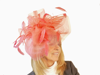 Crin fascinator JB20/165 available in Coral or Red