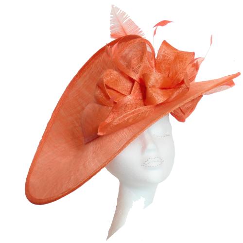 Dramatic large split disk hat WD5  in Orange