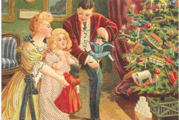 Family Dolls Christmas Tree Presents Post Card 3002