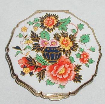 Vintage Stratton Enamel Enamelled Imari Vase Floral Powder Compact