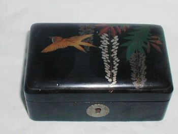 Antique Chinese Lacquer Box Bird Flowers