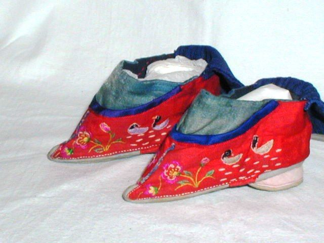 Antique Chinese Red Silk Bound Foot Lotus Shoes Ladder Fronts Embroidered N