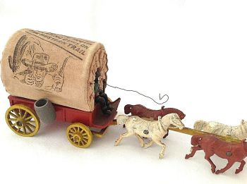 Antique toy Western Waggon & Horses Thundering Hooves Blazing Guns Western Trail
