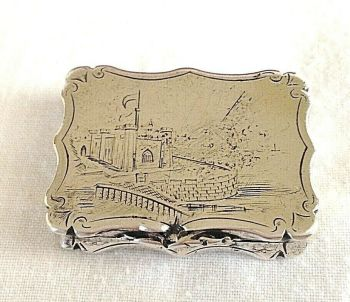 Sterling silver Antique vinaigrette Nathaniel Mills C1843