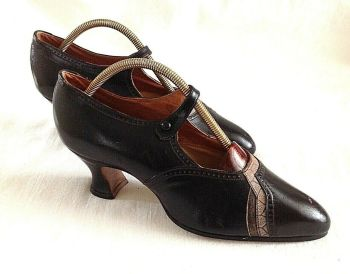 Antique leather flapper 1920's shoes Coronation UK Louis Heel