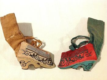 Antique Chinese embroidered silk bound foot feet lotus shoes Red & White