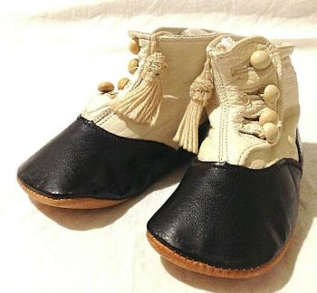 Antique Victorian child baby shoes boots leather little tassels and buttons