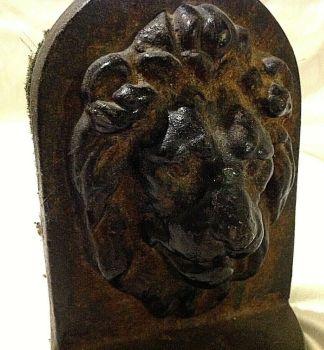 Antique Cast iron Georgian or Victorian Lion door stop very decorative possibly Kenrick