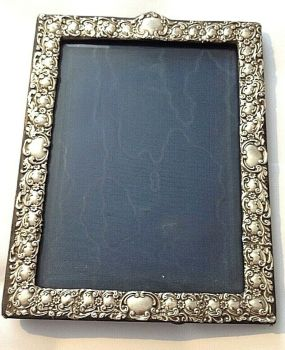 Antique Victorian Sterling Silver hallmarked picture frame Birmingham 1906