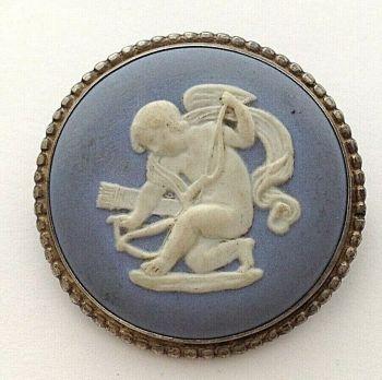 Vintage sterling silver mount Wedgwood cherub brooch pin