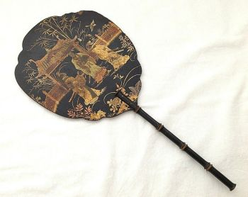 Antique Chinese papier mache face screen fan figures and birds in gold
