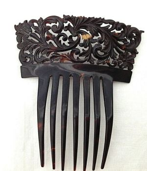 Antique Victorian carved T Shell hair comb haircomb