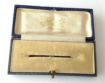 Antique brooch pin jewellery display box D Kennedy Coleraine