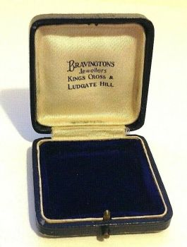 Antique Jewellery display box brooch Bravingtons London