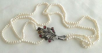 Vintage pearl necklace sterling silver flower spray clasp set with Garnet stones