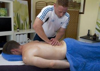 1 x 90min sports massage