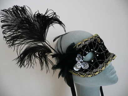 countess venetian mask